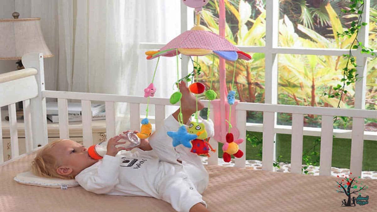 ألعاب السرير والعاب الاطفال الرضع