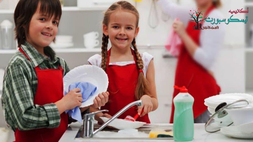 انخراط الأطفال في العمل وطريقة تربية الطفل العنيد