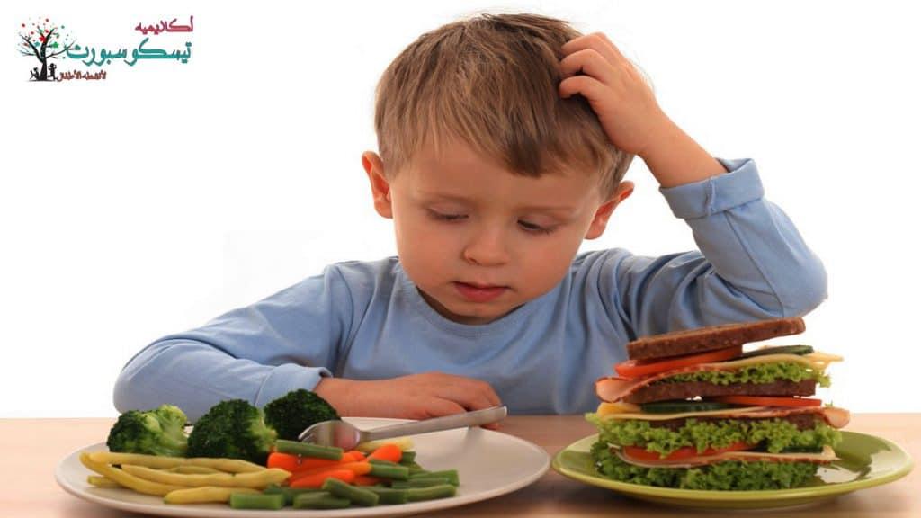 كيفية إرشاد الأطفال إلى الأكل الصحي