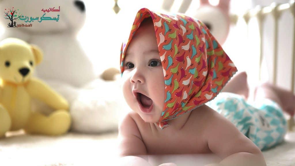 كيفية تعليم النطق للاطفال المتأخرين حديثي الولادة إلى السنة الأولى لطفلك