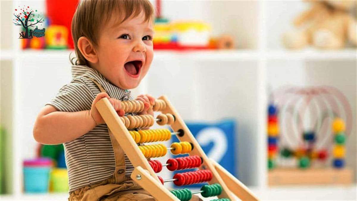 كيف ألعب مع طفلي الرضيع؟