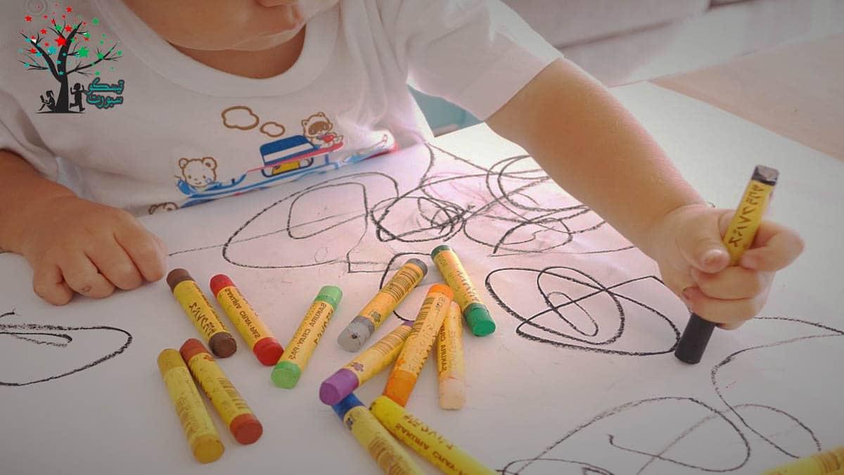 الرسم من ألعاب أطفال 3 سنوات