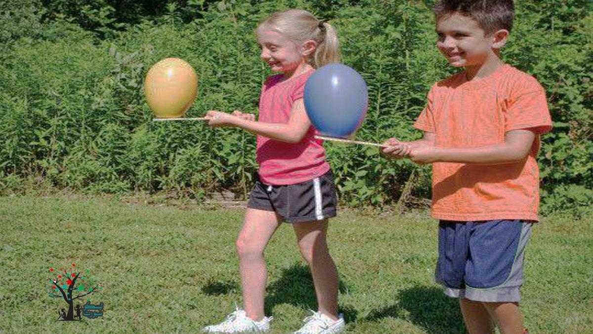 مسابقات اطفال البالونات