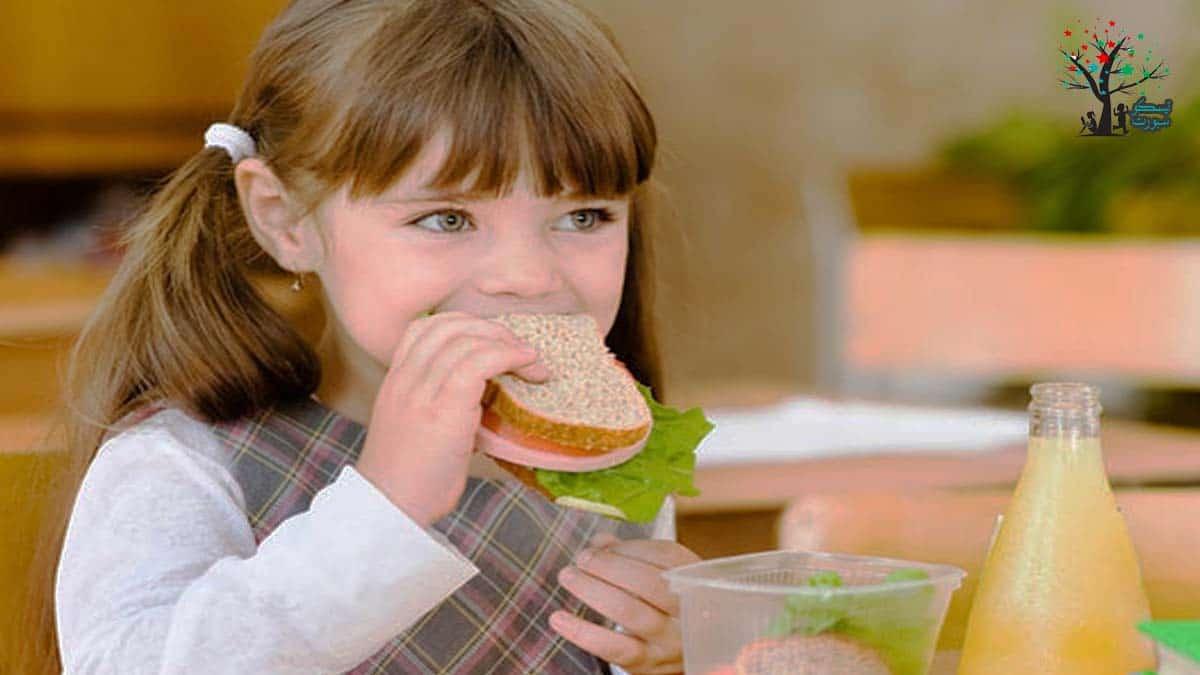 مكونات أكل أطفال صحي