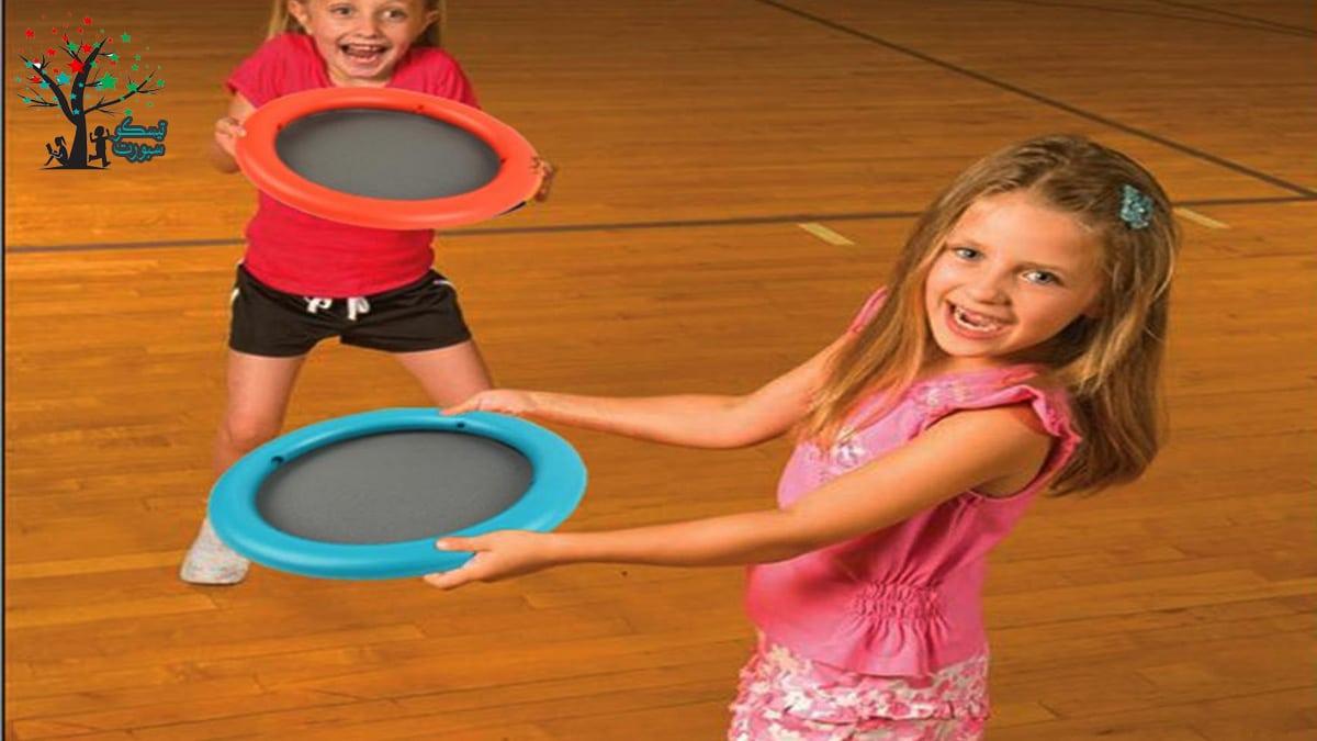 لعبة الطبق الطائر من مسابقات ترفيهية حركية للاطفال